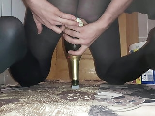 fisting Screwing loose ass to a gaint champagne bottle crossdresser